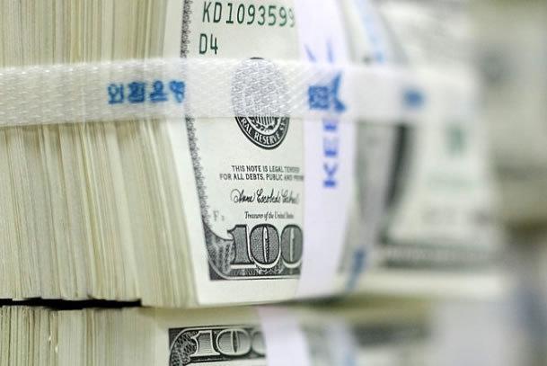 Will dollar strength trigger intervention in 2017?